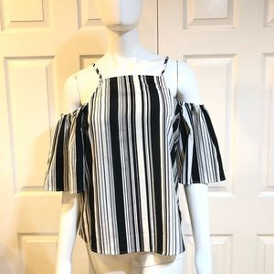 Crave Fame by Almost Famous-Cold Shoulder Top-Sz M